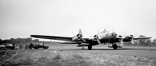 Boeing VB-17G Flying Fortress, GEARL, June 22, 1946