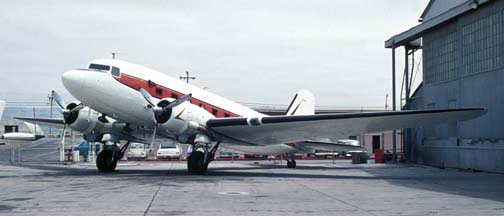 Unidentified DC-3, Oakland International Airport, August 6, 1973