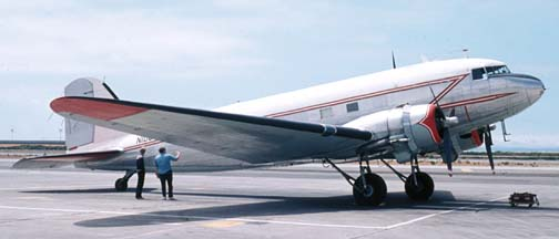 DC-3, N100ZZ, Oakland International Airport, August 6, 1973