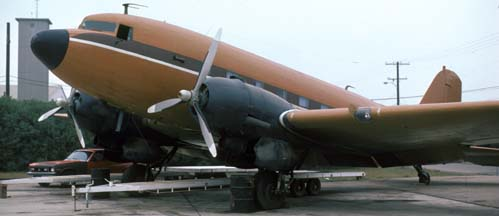 Unidentified DC-3, Camarillo Airport, December 7, 1981