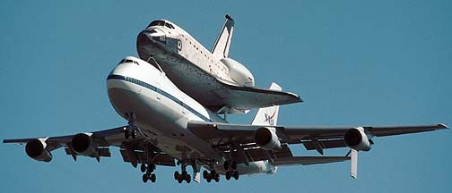 747-SCA, N905NA delivers Space Shuttle Columbia to Palmdale on September 25, 1999