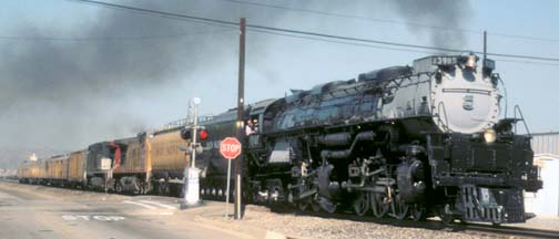 Union Pacific Challenger 3985, August 20, 2000