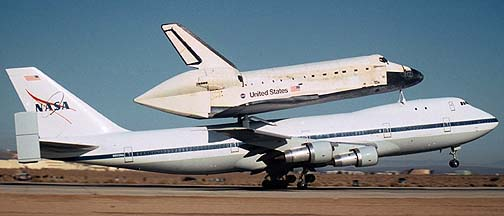 Space Shuttle Discovery at Edwards AFB, October 31, November 2, 2000