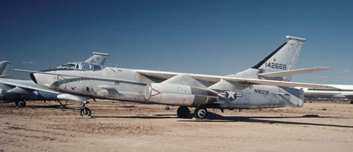 Douglas ERA-3B Skywarrior, N163TB