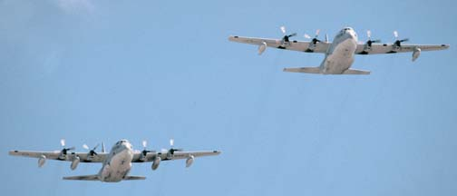 Lockheed KC-130T Hercules, 164999 of VMGR-234 and KC-130F, 149795 of VMGR-352