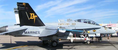 Static Displays Page 1 - Combat Aircraft