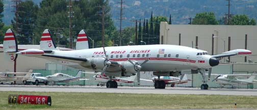 Lockheed L-1049G Super Constellation N6937C