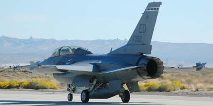 General Dynamics F-16D Block 40A Fighting Falcon, 87-0392, 412th Test Wing