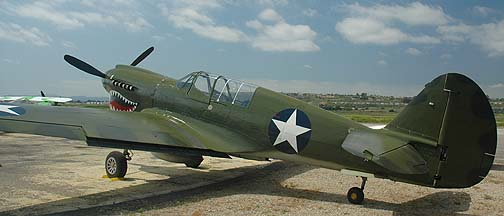 Curtiss P-40N Warhawk NL85104, Camarillo, June 12, 2006