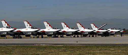 Thunderbirds General Dynamics F-16s