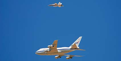 NASA's 747SP SOFIA Arrives at Edwards AFB, May 31, 2007