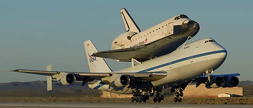 >Space Shuttle Endeavor departs from Edwards AFB, December 10, 2008