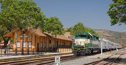 Fillmore and Western Railroad EMD GP35 #3501