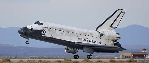 Space Shuttle Discovery Lands at Edwards AFB, September 11, 2009