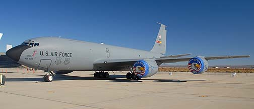 Boeing KC-135R Stratotanker 61-0280 of the 452nd Air Mobility Wing