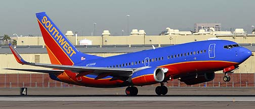 Southwest Boeing 737-7H4 N739GB, November 10, 2010