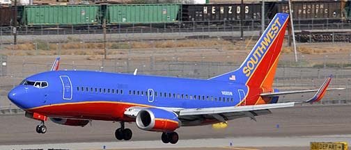 Southwest Boeing 737-3H4 N611SW, November 10, 2010