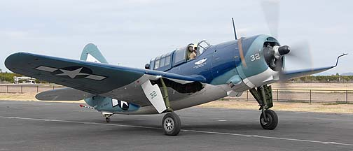 Curtiss SB2C Helldiver N92879