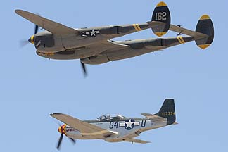 North American P-51D Mustang NL7715C Wee Willy II and Lockheed P-38J Lightning NX138AM 23 Skidoo, Valle-Williams, June 25, 2011