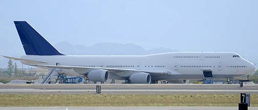 Boeing 747-830 International N6067U, Mesa-Gateway, July 30, 2011