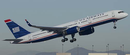 US Airways Boeing 757-2B7 N937UW, Phoenix Sky Harbor, December 23, 2013