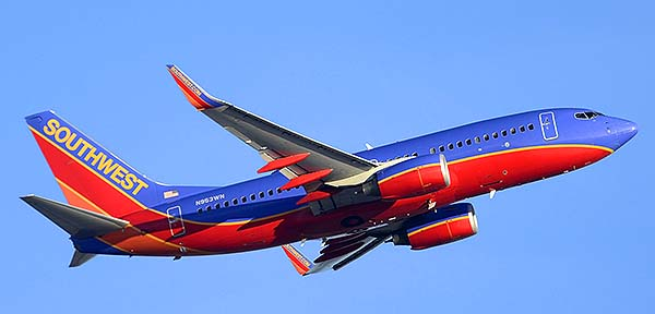 Southwest Boeing 737-7H4 N953WN, Phoenix Sky Harbor, December 22, 2014