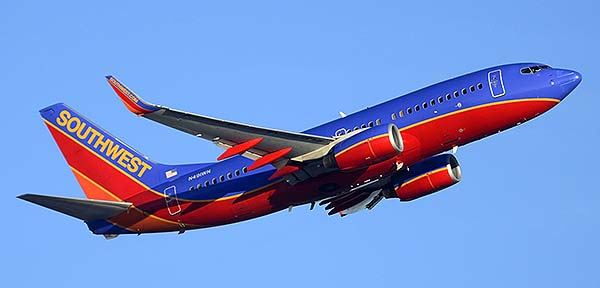 Southwest Boeing 737-7H4 N491WN, Phoenix Sky Harbor, December 22, 2014