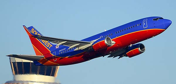 Southwest Boeing 737-3H4 N616SW, Phoenix Sky Harbor, December 22, 2014