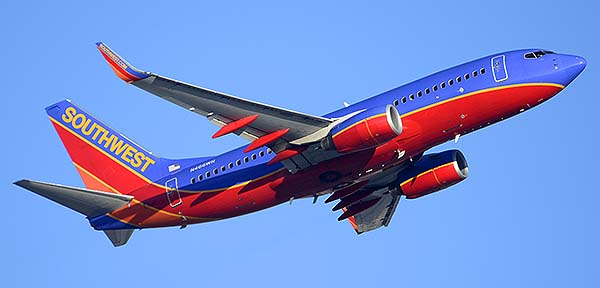 Southwest Boeing 737-7H4 N466WN, Phoenix Sky Harbor, December 22, 2014
