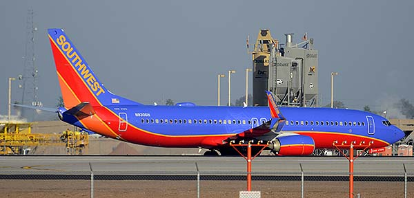 Southwest Boeing 737-8H4 N8306H, Phoenix Sky Harbor, December 22, 2014