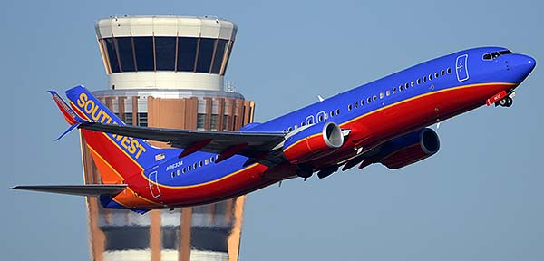 Southwest Boeing 737-8H4 N8633A, Phoenix Sky Harbor, December 22, 2014