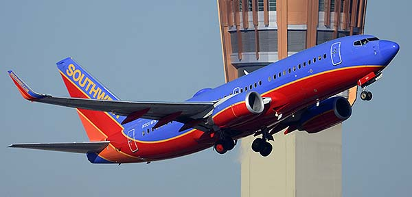 Southwest Boeing 737-7H4 N931WN, Phoenix Sky Harbor, December 22, 2014