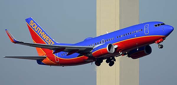 Southwest Boeing 737-7H4 N420WN, Phoenix Sky Harbor, December 22, 2014
