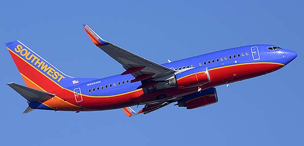 Southwest Boeing 737-7H4 N269WN, Phoenix Sky Harbor, December 22, 2014