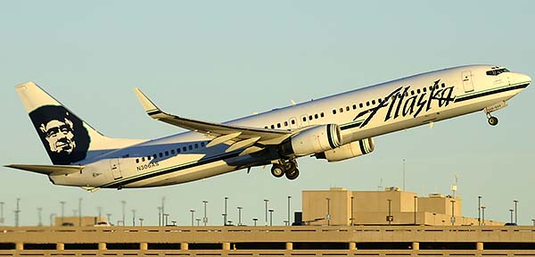 Alaska Boeing 737-990 N306AS, Phoenix Sky Harbor, December 24, 2014
