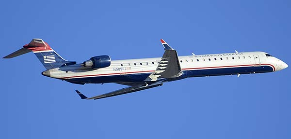 US Airways Express Canadair CL-600-2D24 605R CRJ900ER N909FJ, Phoenix Sky Harbor, December 24, 2014