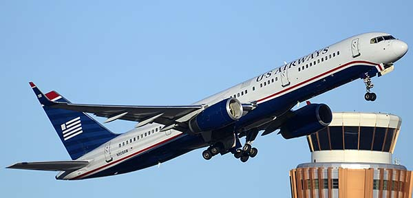 US Airways Boeing 757-2G7 N908AW, Phoenix Sky Harbor, December 24, 2014