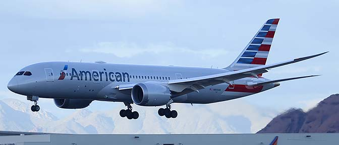 American Airlines' first 787-823 N800AN, Phoenix Sky Harbor, March 1, 2015