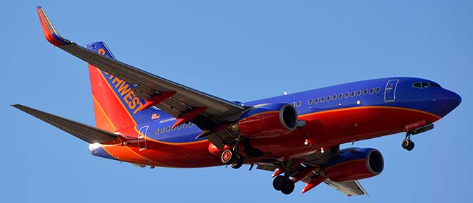 Southwest Boeing 737-7H4 N291WN, Phoenix Sky Harbor, March 7, 2015