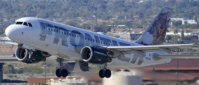 Frontier Airbus A319-111 N929FR Larry, Phoenix Sky Harbor, March 7, 2015