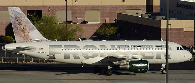 Frontier Airbus A319-111 N929FR Larry, Phoenix Sky Harbor, March 10, 2015