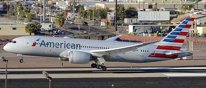 American Airlines' second Boeing 787-823 N801AC, Phoenix Sky Harbor, March 10, 2015