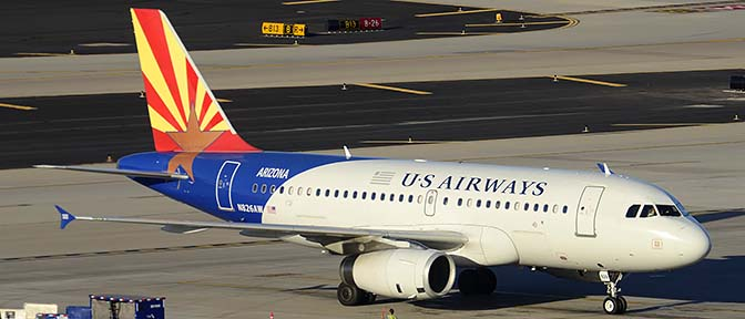 US Airways Airbus A319-132 N826AW Arizona, Phoenix Sky Harbor, March 10, 2015