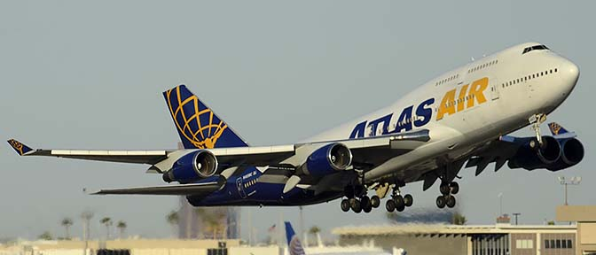 Atlas Boeing 747-446 N465MC, Phoenix Sky Harbor, January 3, 2015
