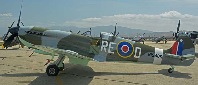 Supermarine Spitfire Mk IX replica N1940K, April 29, 2016