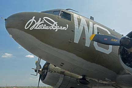 Douglas C-47B Dakota N791HH Willa Dean, April 29, 2016