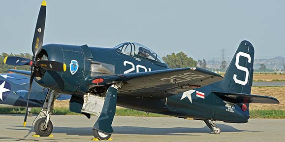 Grumman F8F-2 Bearcat N7825C, April 29, 2016