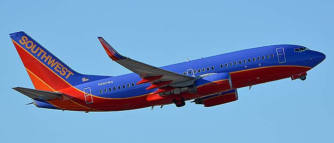 Southwest Boeing 737-7H4 N200WN, Phoenix Sky Harbor, September 25, 2016