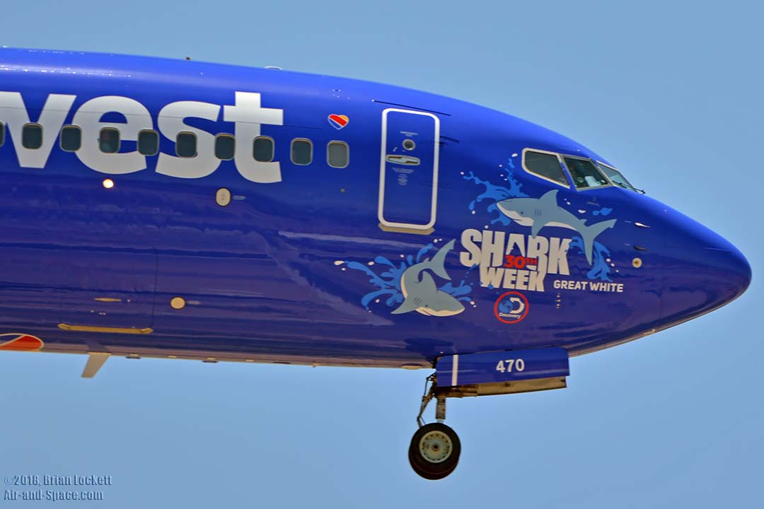southwest shark week sweepstakes air and space com air traffic at phoenix sky harbor july 2441