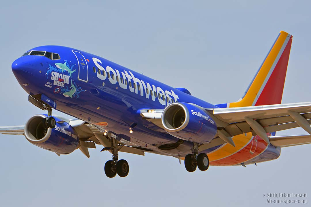southwest shark week sweepstakes air and space com air traffic at phoenix sky harbor july 3986